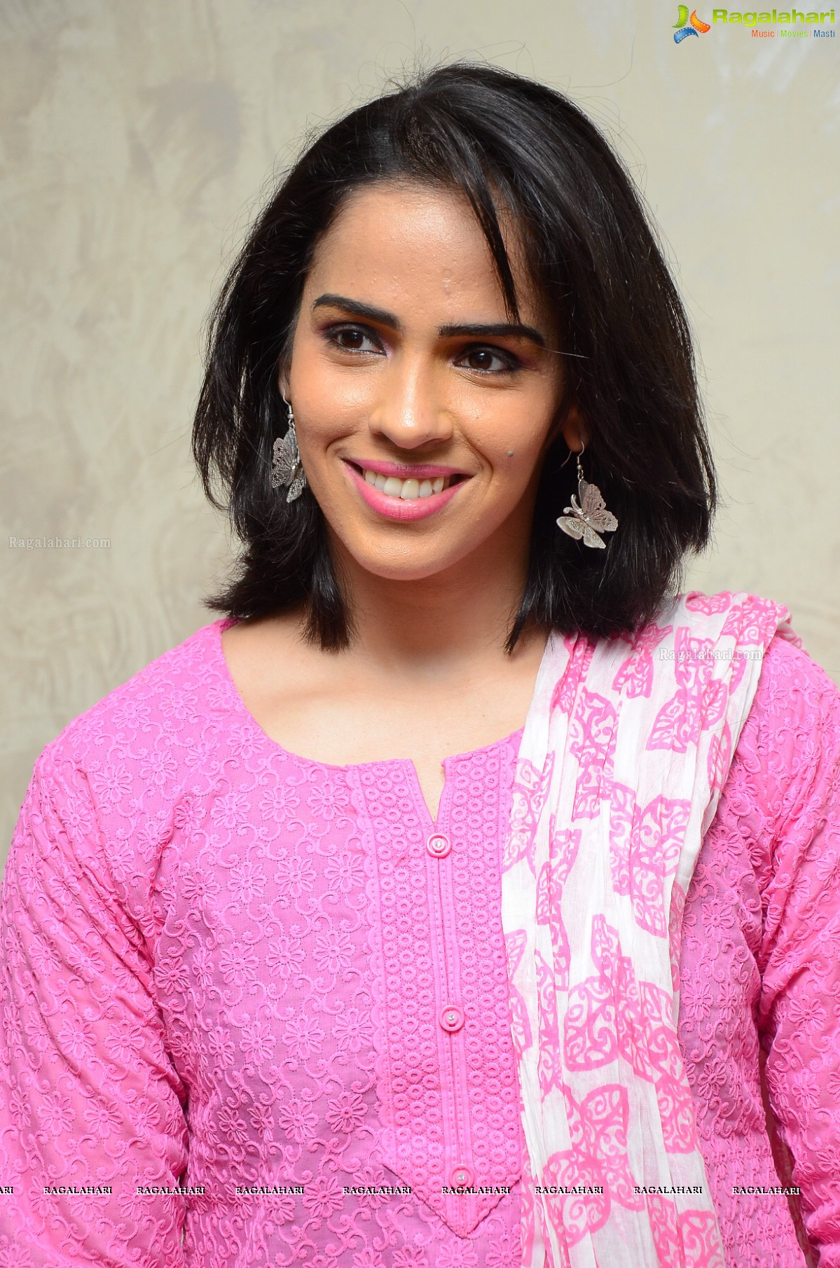 information on saina nehwal Saina nehwal, march 17, 1990, saina nehwal was born on march 17th, 1990, she is a professional badminton player who is also ranked as one of the world's best in the sport.