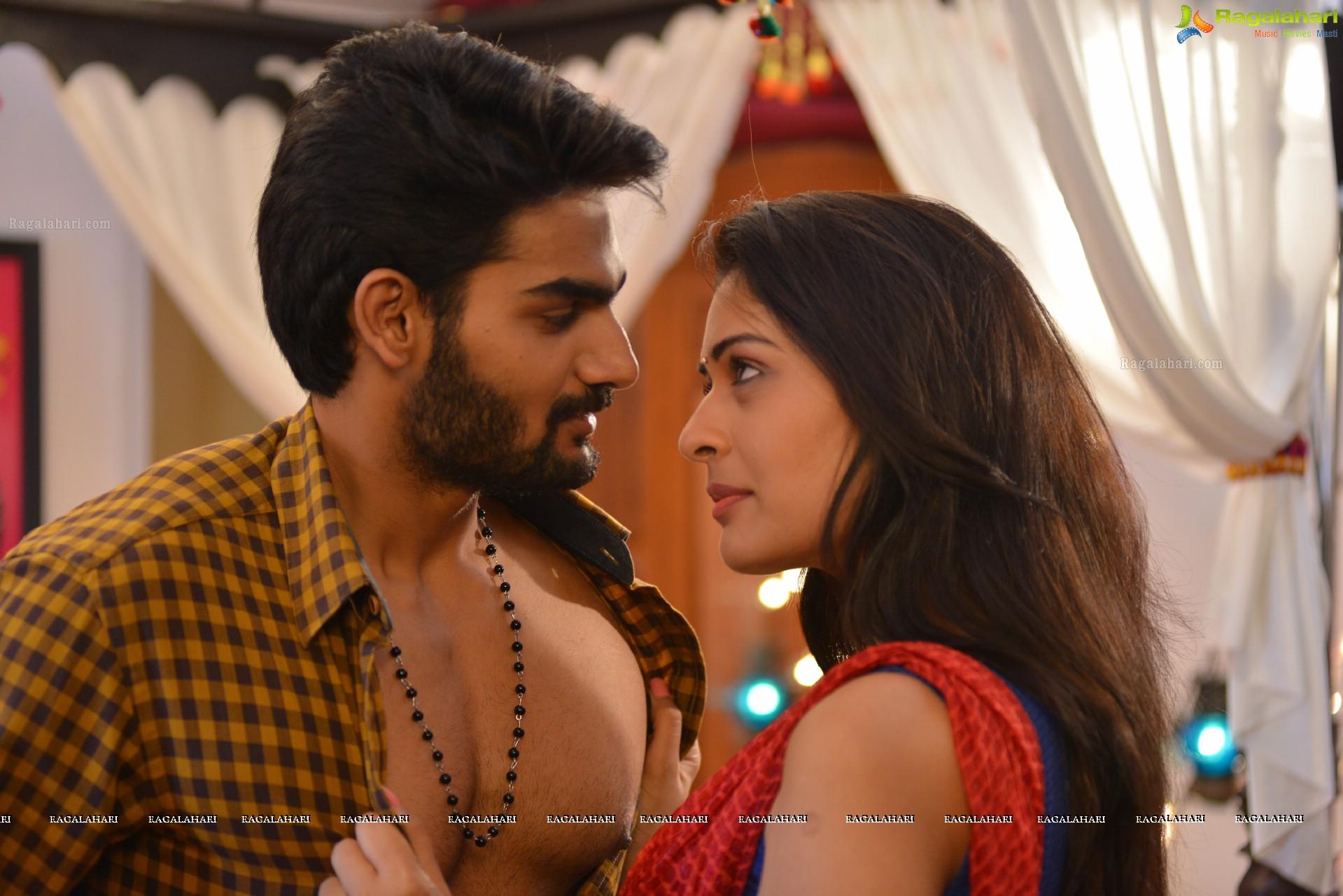 Rx 100 Telugu Cinema Stills Cast Kartikeya Payal Rajput