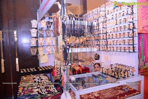 Akritti Exhibition Sashi Nahata