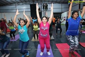 Abhimanika Presents Mom Athletic - The Fitness Movement