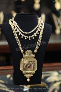 Malabar Gold & Diamonds Jewellery Collection