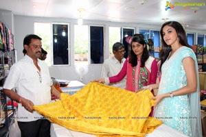 Ritu Varma inaugurates Pochampally IKAT Mela