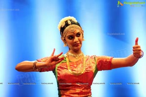 Kuchipudi Rangapravesam performance by Sahithi Reddy