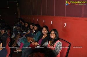 Srimanthudu Premier Show