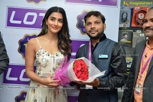 Pooja Hegde launches Lot Mobile Store in Vijayawada