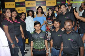 Poonam Bajwa Green Trends Salon