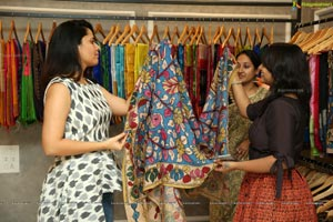 Seshanka Binesh Studio Bustle