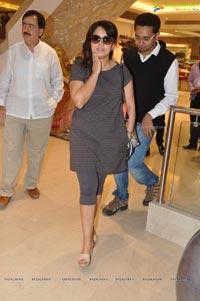 Mahima Chaudhary Neerus Emporio