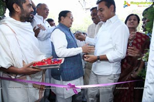 Manjula Jewels Opens Its First Store