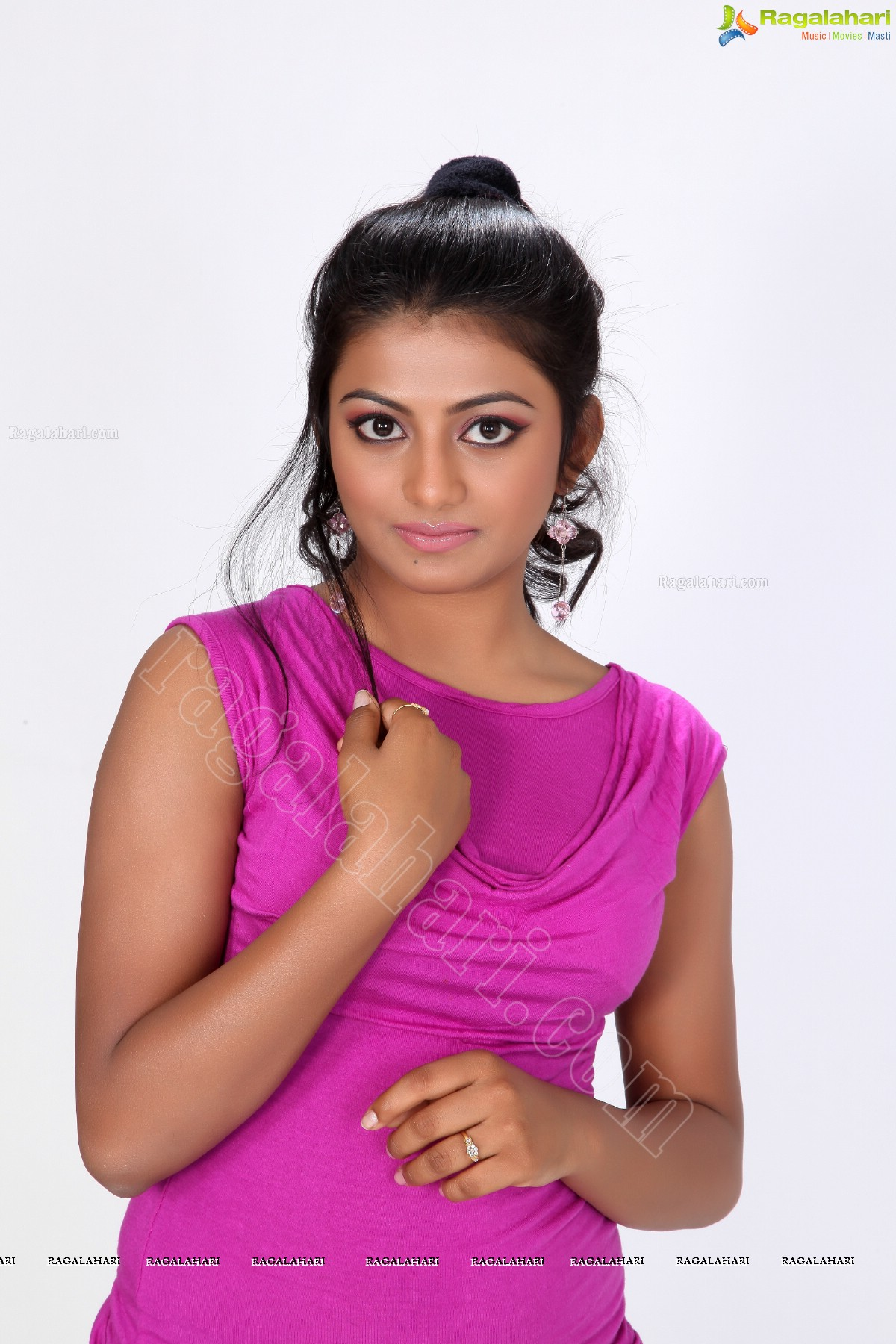 anandhi exclusive image 2 tollywood actor gallery images photos