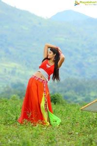 Iddari Madhya 18