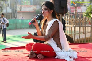 Mansi Gulati Yoga Session