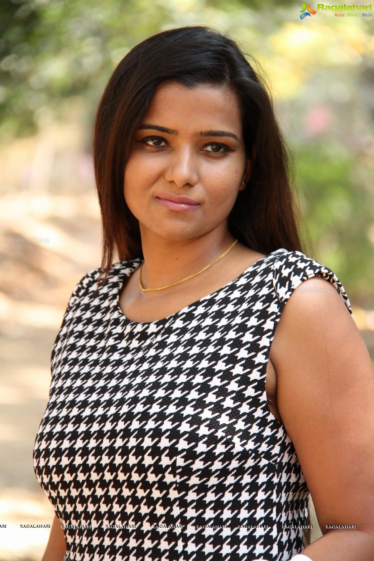 Watch Sandhya video