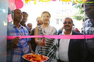 Mehreen Pirzada B New Store Hindupur