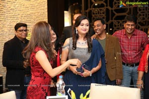 Uttam, Aakanksha Celebrate Their Silver Wedding Anniversary
