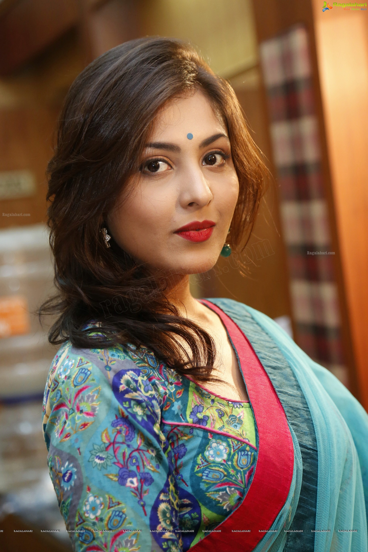 picture Madhu Shalini