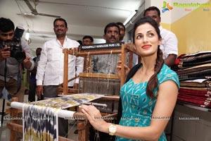 Shilpa Reddy Pochampally IKAT Art Mela