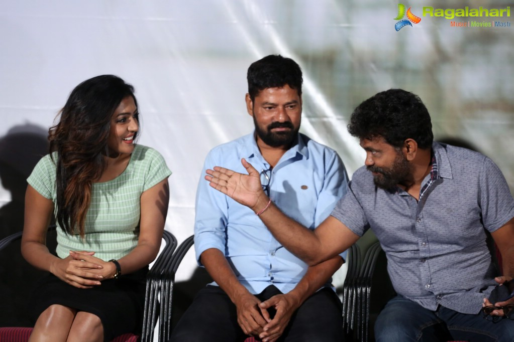 pulipaarvai press meet actors