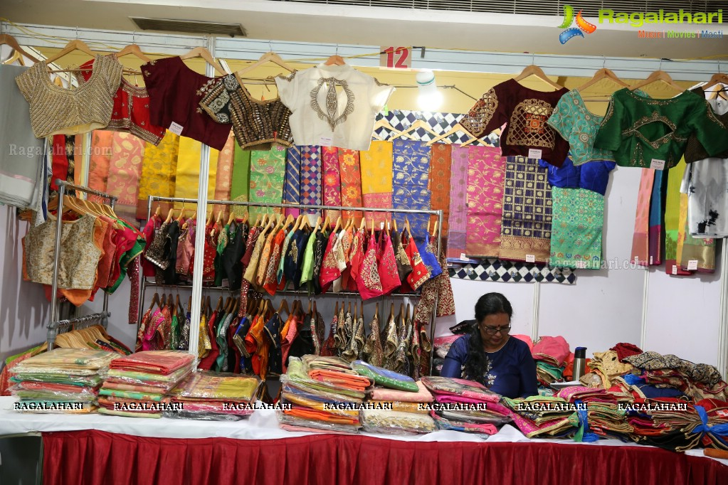 Photos Golkonda Handlooms Handicrafts Exhibition At Ttd Kalyana