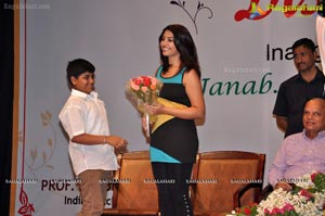 Photos of Richa Gangopadhyay launches Discount Card