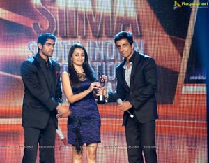 2012 South Indian International Movie Awards SIIMA Day 1 Photos