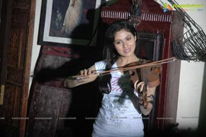 Mythri Movie Gallery - Navdeep, Sada