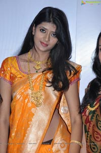 Kundan at CMR Aashadam Sale Launch