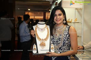 Jenny Honey The Jewellery Expo