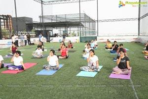 iFit Studio Yoga Day