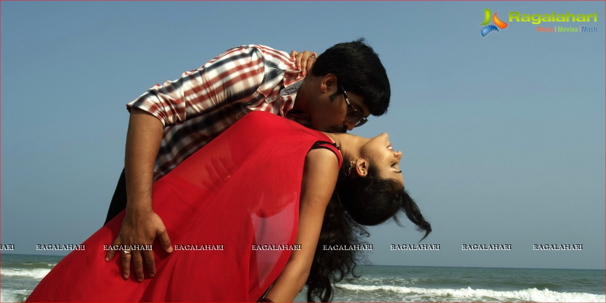 'Aa Iddaru' Movie Details