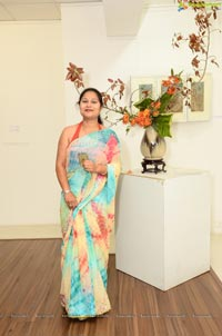 Ikebana Demonstration by Hema Patkar at Dhi Art space