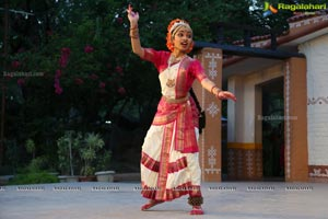 Kuchipudi Dance Chinamayi Mungara