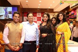 Photos kala kunj launches renovated showroom - Miton cucine forum ...