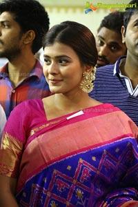 Hebah Patel VRK Silks