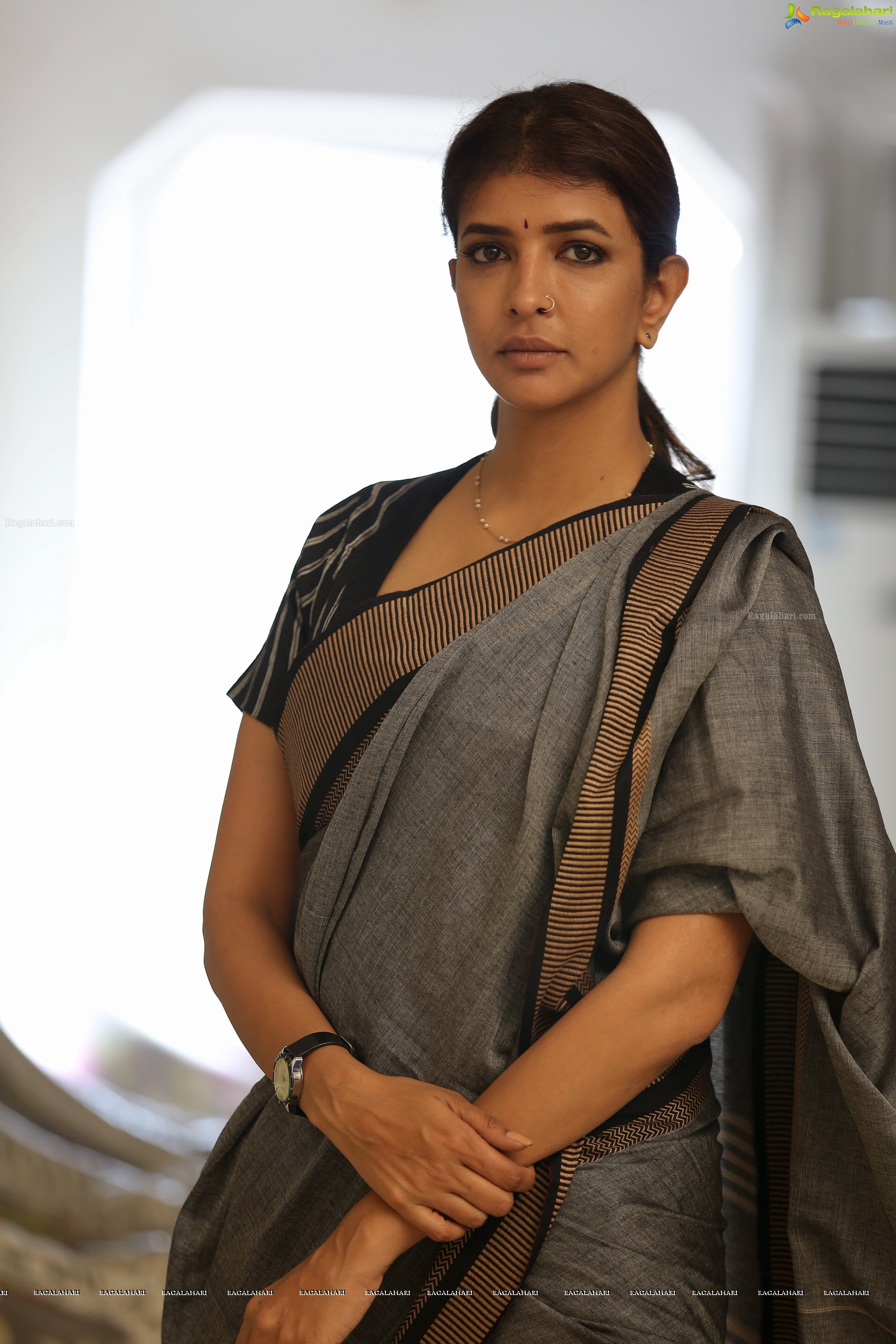 Lakshmi Manchu Nude Photos 24