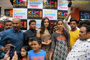 KLM Fashion Mall Opening
