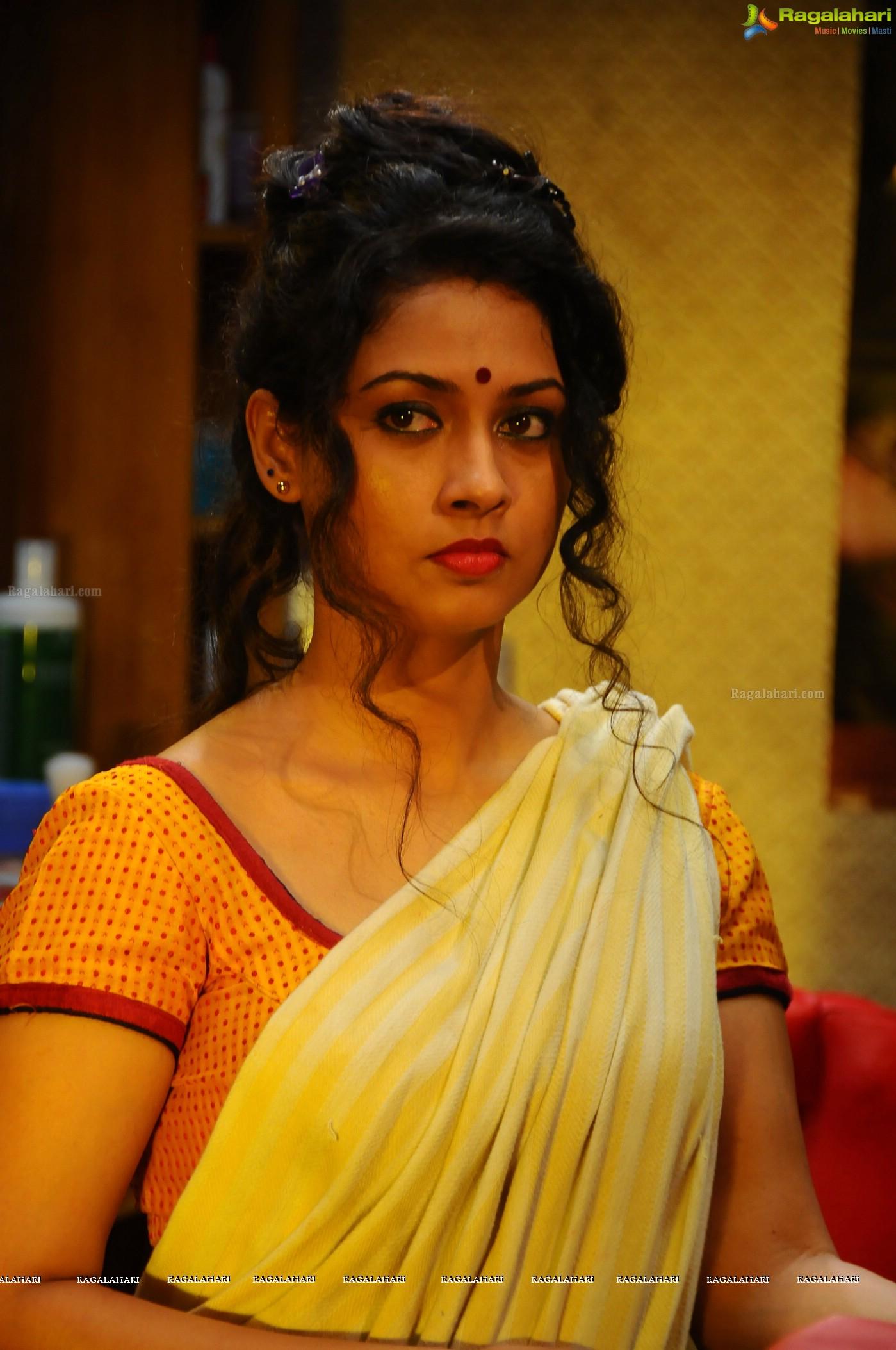 Pooja Umashankar Nude Photos 46