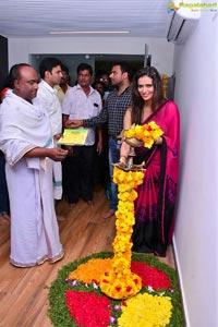 Meenakshi Dixit Naturals Vijayawada