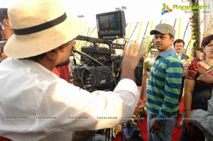 Thuppakki Murugadoss Working Stills
