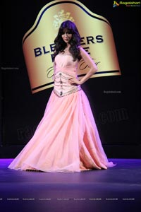 Blenders Pride Fashion Tour 2013 (Day 1)