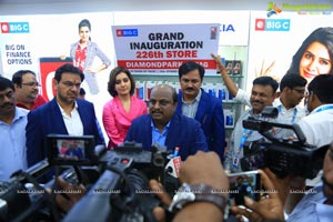 Big C Store Launch By Raashi khanna