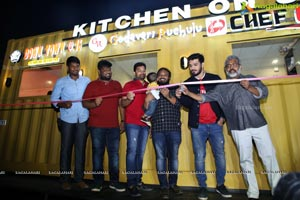 Kitchen on 16 Wheels Launches Longest Food Truck