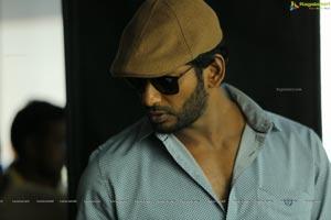Thupparivaalan Detective