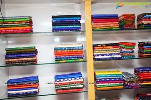 Madhulanga Das Pochampally IKAT Art Mela