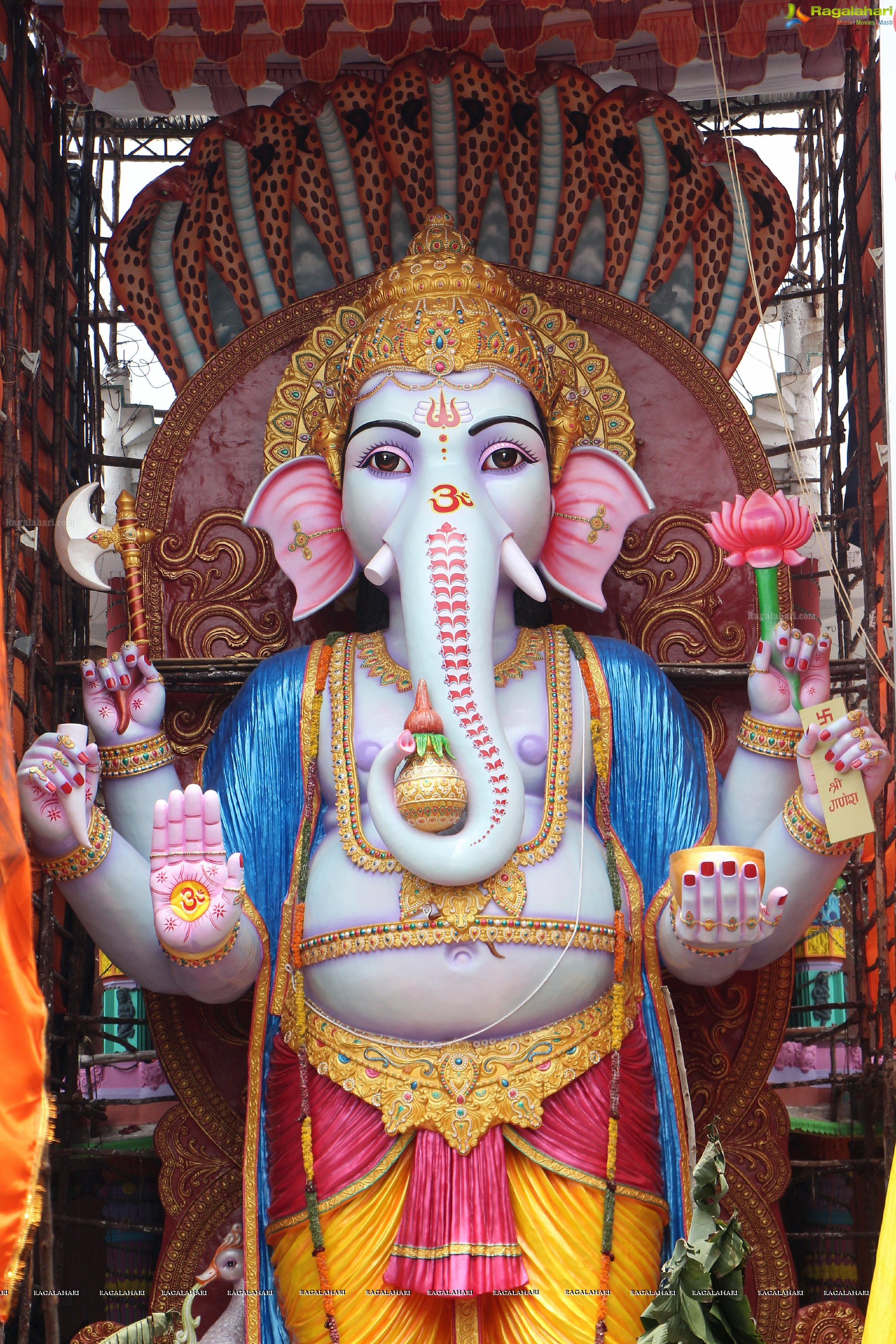 high definition photos of hyderabad ganesh idols 2015 khairatabad